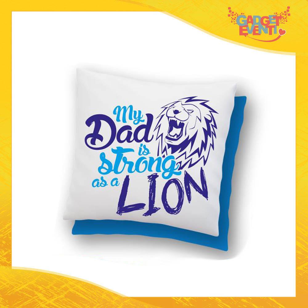 """Cuscino Quadrato Maschietto """"Dad Lion"""" Idea Regalo Festa del Papà Gadget Eventi"""