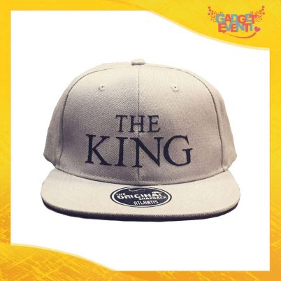 "Cappello Ricamato Berretto ""The King"" Snapback Visiera Larga Gadget Eventi"