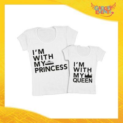 """Coppia t-shirt bianca femminuccia """"Quenn Prince Princess"""" madre figli idea regalo festa della mamma gadget eventi"""