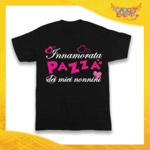 """Maglietta Nera Femminuccia Bimba """"Innamorata Pazza dei miei Nonni"""" Idea Regalo T-Shirt Festa dei Nonni Gadget Eventi"""