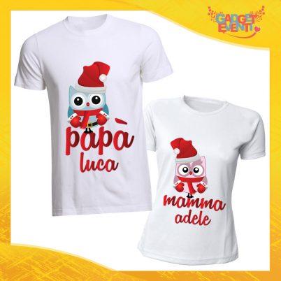 """Coppia di T-Shirt Natalizie Bianche con Nome Personalizzato """"Famiglia dei Gufi"""" Magliette per Uomo e Donna Maglie Originali Idea Regalo Periodo Natalizio Gadget Eventi"""
