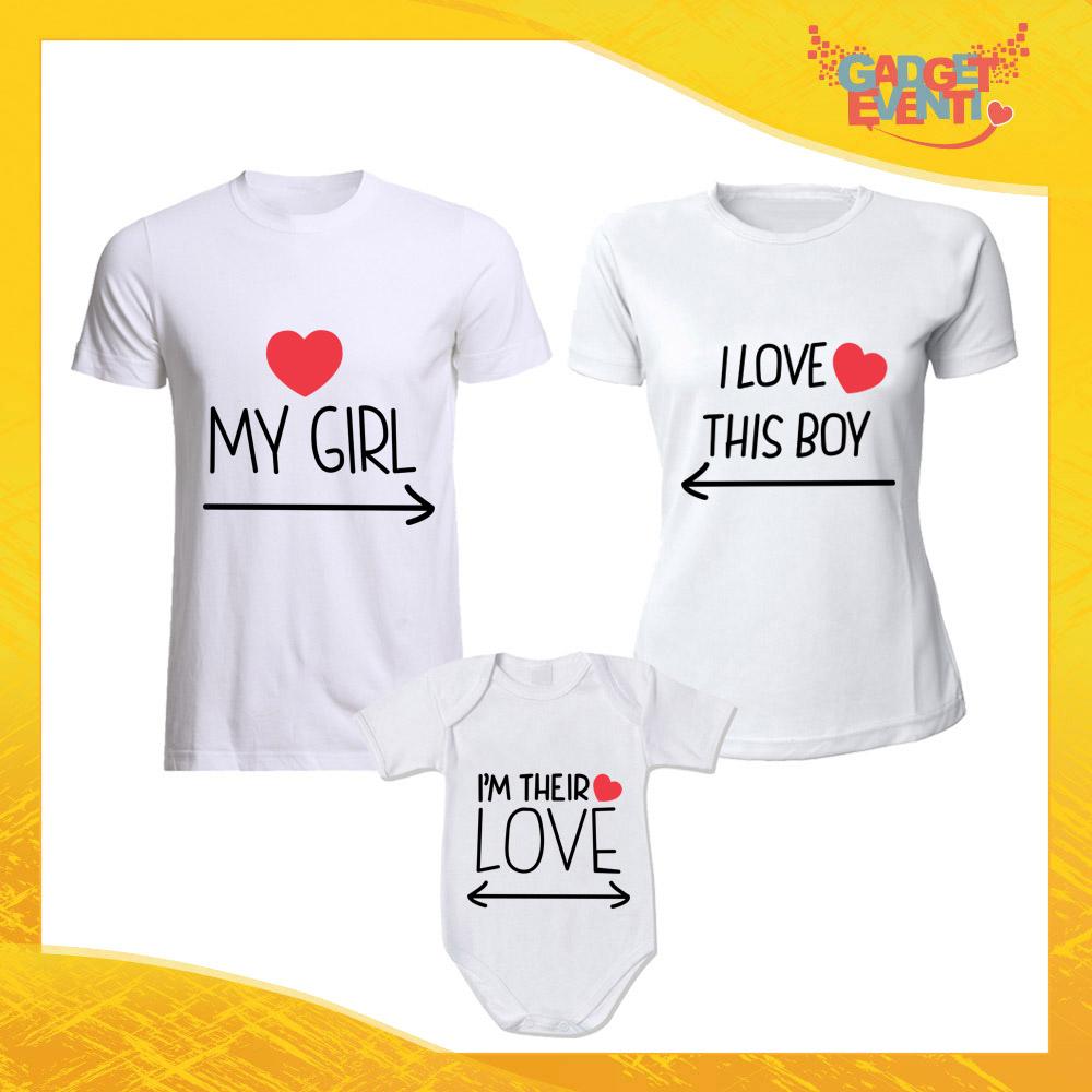 """Tris di T-Shirt bianche con Body """"Girl Boy Their Love"""" Magliette per Tutta la Famiglia Completo di Maglie Padre Madre Figli Idea Regalo Gadget Eventi"""