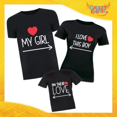 """Tris di T-Shirt Nere """"Girl Boy Their Love"""" Magliette per Tutta la Famiglia Completo di Maglie Padre Madre Figli Idea Regalo Gadget Eventi"""
