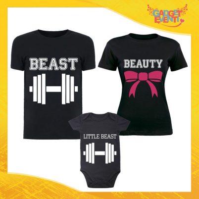 """Tris di T-Shirt Nere con Body """"Beast Beauty Little"""" Magliette per Tutta la Famiglia Completo di Maglie Padre Madre Figli Idea Regalo Gadget Eventi"""