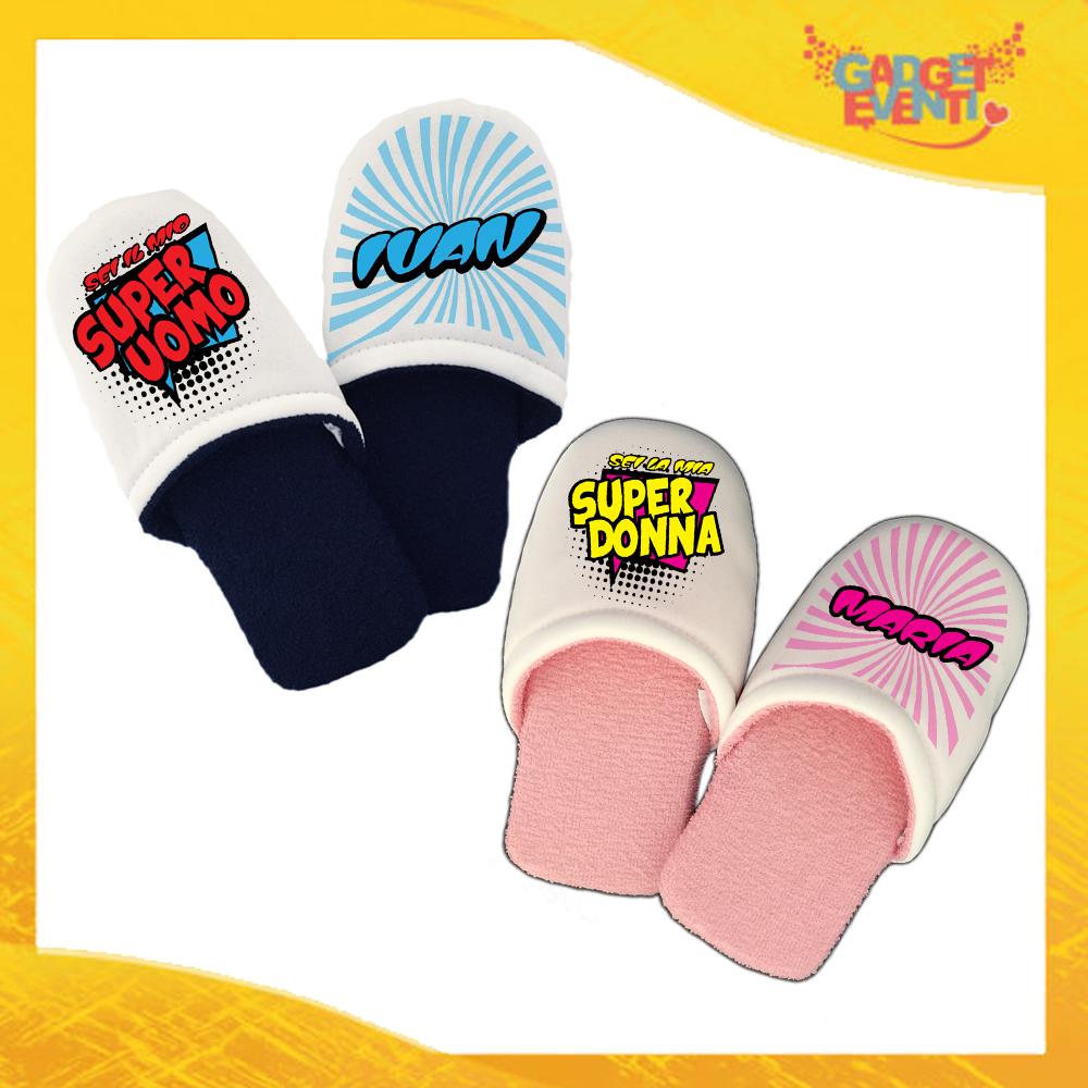 """Coppia di Pantofole Uomo Donna Love Personalizzate """"Super Uomo Donna con Nome"""" Ciabatte Per Innamorati Idea Regalo Gadget Eventi"""