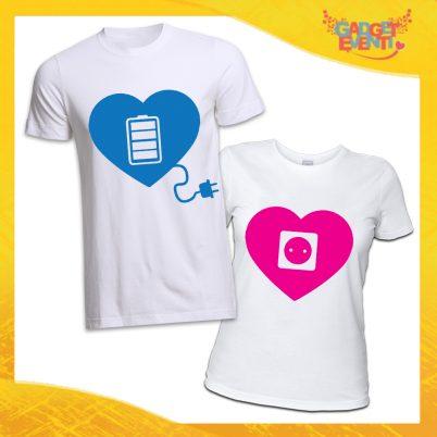 """T-Shirt Coppia Magliette Bianche """"Amore Ricarica"""" Gadget Eventi"""