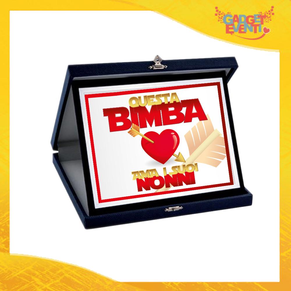 """Targa Decorativa """"Questa Bimba Ama i Suoi Nonni"""" grafica Femminuccia Idea Regalo Festa dei Nonni Gadget Eventi"""