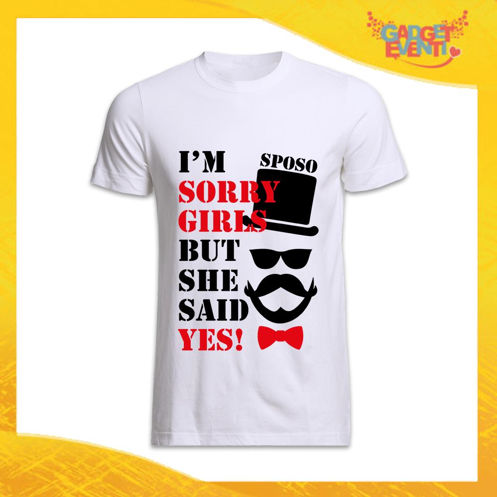 """T-Shirt Uomo Bianca Addio al Celibato Maglietta """"She Said Yes"""" Gadget Eventi"""